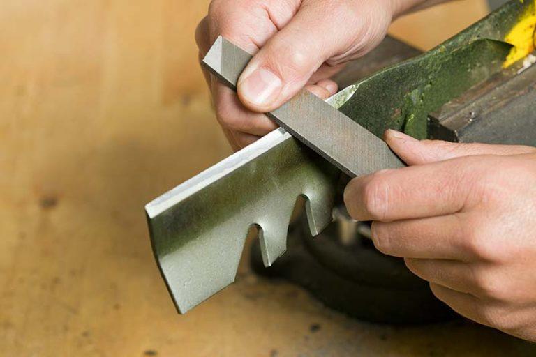 How to Sharpen Lawn Mower Blades